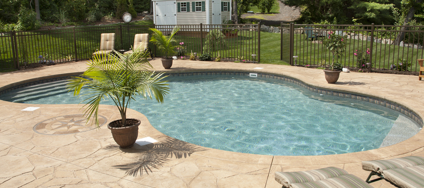 8 Benefits of a Saltwater Pool