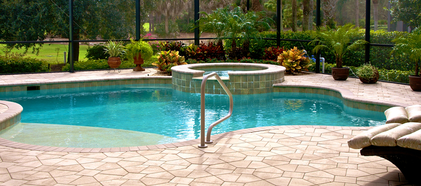 What is the Average Size of an In-Ground Pool in Florida?